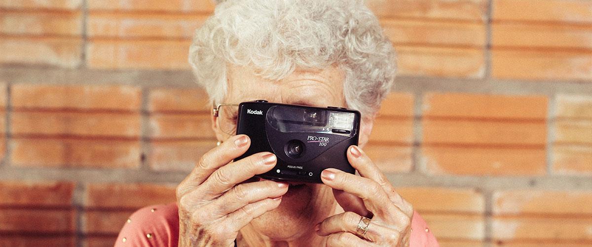 ¿Cómo cuidar a personas mayores con alzheimer?