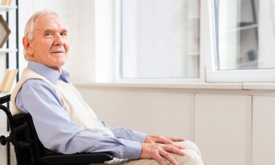 Consejos para pies y piernas hinchadas en personas mayores