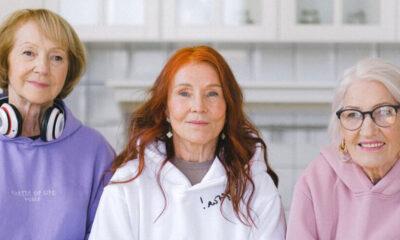 La residencia de personas mayores vs. el cuidado en casa: cómo tomar la decisión