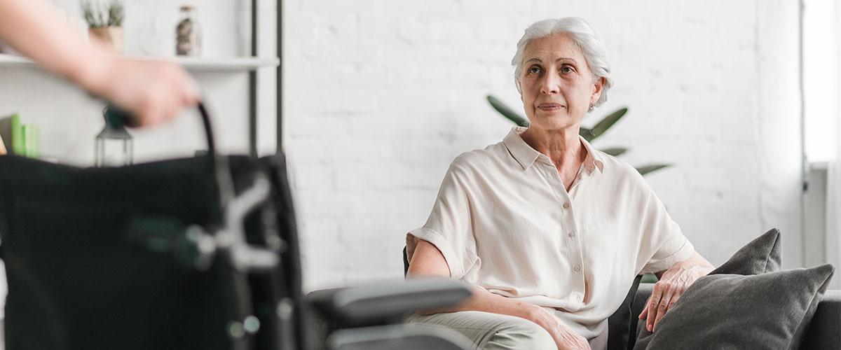 Habilidades comunicativas en el cuidado de personas mayores