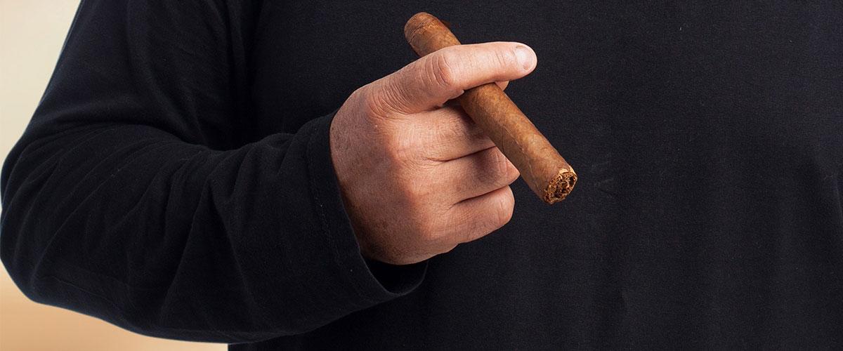 Cuidado de personas mayores ante el consumo de tabaco
